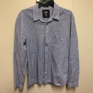H&M mens fitted casual button down shirt